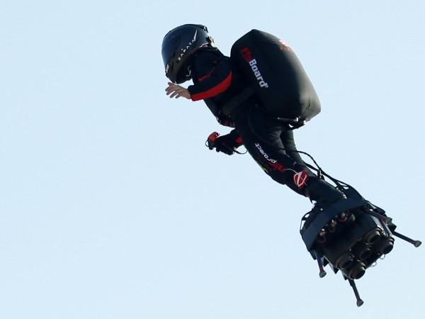 Французинът Франки Запата, наричан още Летящия човек, ще пробва днес