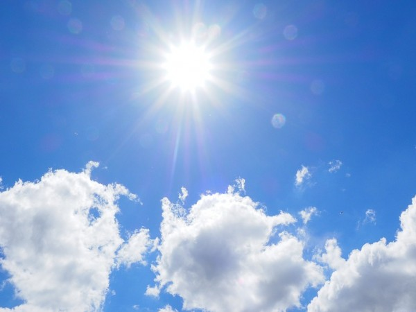 През нощта ще бъде предимно ясно с по-значителна облачност над