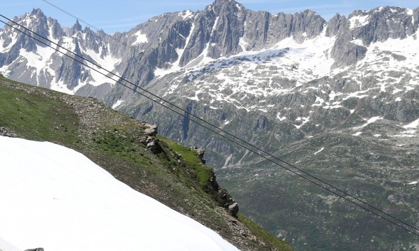 Четирима загубиха живота си в швейцарските Алпи