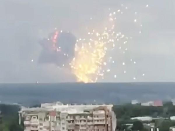 Снимка: Един загинал при взрива в Красноярск, евакуират местните