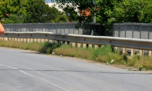 """Възстановиха открадната ограда на магистрала """"Марица"""""""