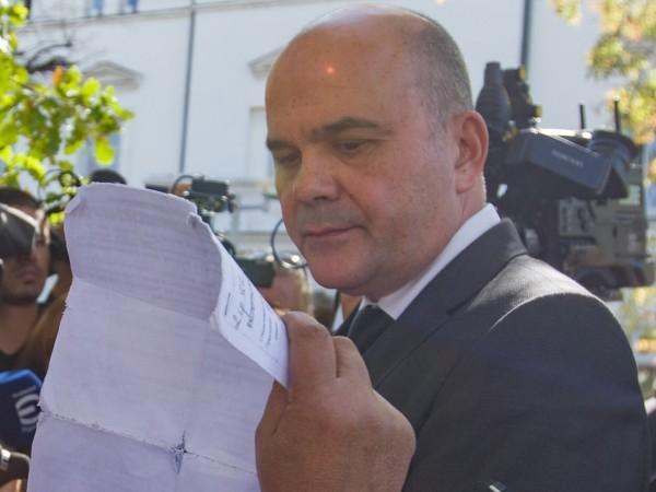 """""""Работещите бедни са 600 – 800 хиляди"""", призна социалният министър"""