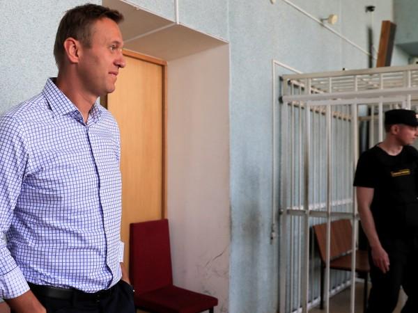 Снимка: Натискът продължава: Русия блокира сметките на Навални