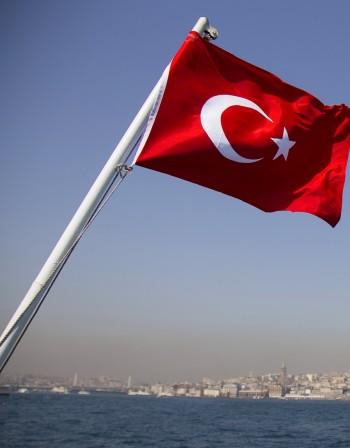 Ердоган затяга политиката за бежанците след краха в Истанбул