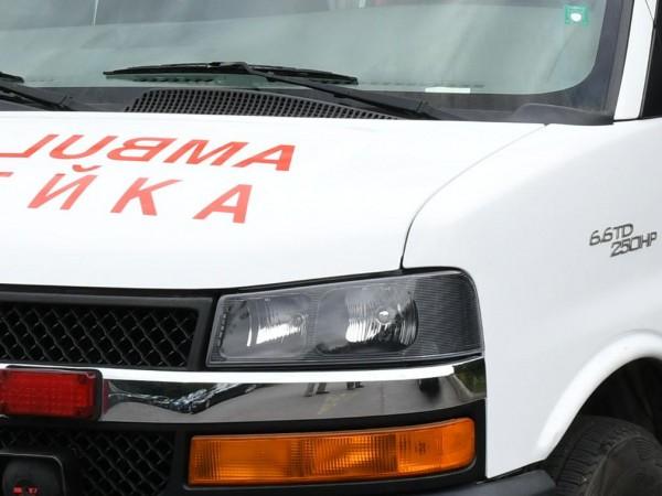 Лекарка е пострадала при катастрофа между линейка и лек автомобил