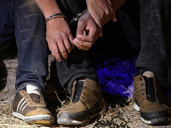 Снимка: Турция спипа 77 мигранти, искали да стигнат до Гърция