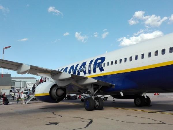 Синдикатите, представляващи кабинния персонал на нискотарифния авиопревозвач Ryanair в Испания