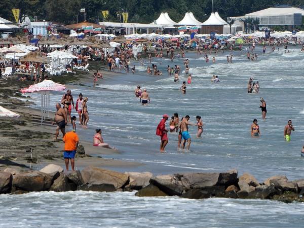 Снимка: Властта се грижи за туризма, намалява и бумащината