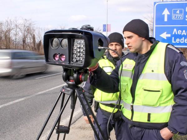 Водачите в България не спазват ограниченията за скоростта по пътищата,
