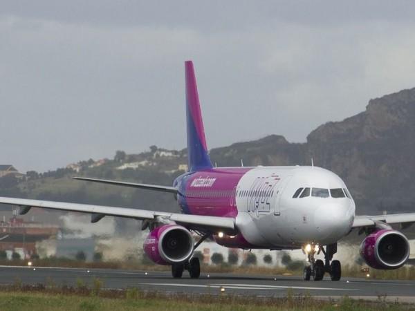 Снимка: Самолет на Wizz Air кацна принудително в Норвегия