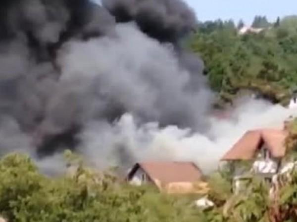 Две експлозии разтърсиха сръбския град Ужице около 11.30 часа българско