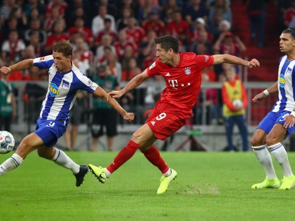 Новият сезон в Бундеслигата стартира с изненадващо равенство 2:2 между