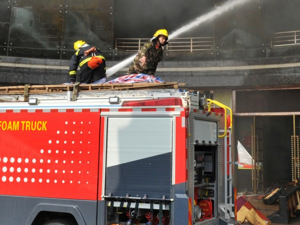 Снимка: Трагедия в Одеса: Осем души загинаха при пожар в хотел