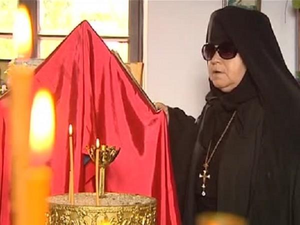 Монахиня издържа манастир с пенсия от 140 лева. Притеснена е