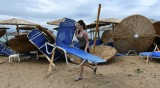Сложиха табели за опасност от цунами в Гърция, хотелиерите недоволни