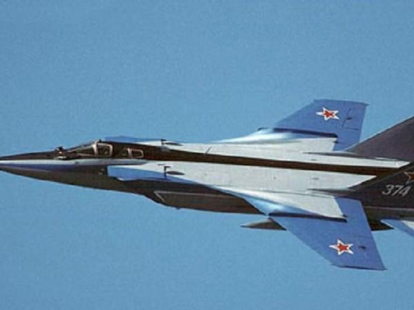 Снимка: Руски изтребител МиГ-31БМ полетя в близкия Космос