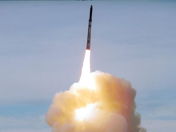 Изпитването от САЩ на конвенционална крилата ракета с наземно базиране