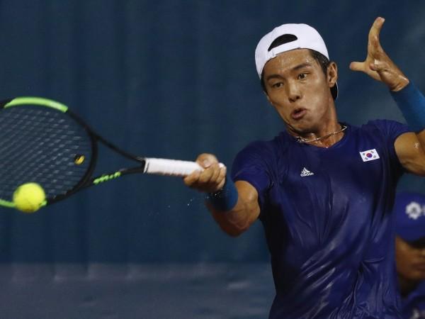 Ли Док Хи стана първият глух тенисист, който спечели мач