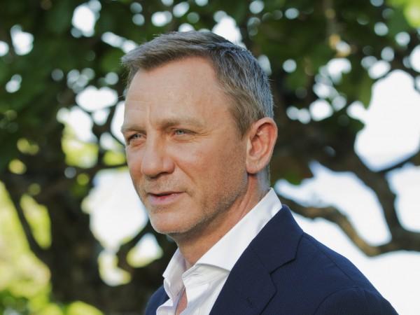 Даниел Крейг се завръща в ролята на знаменития агент 007