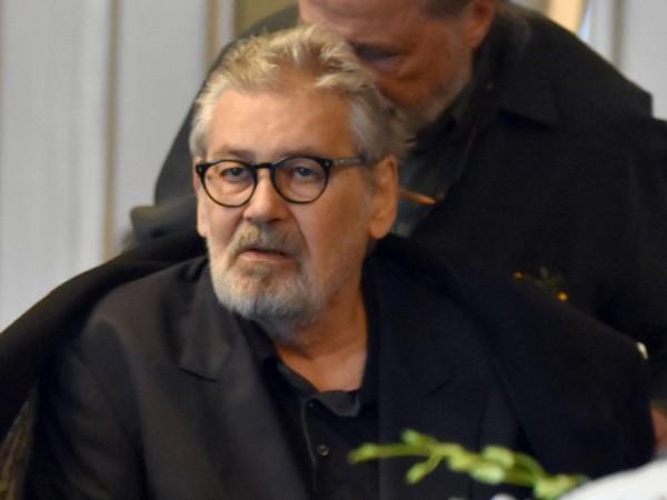 Днес трябва да бъде извършена операцията на големия български актьор