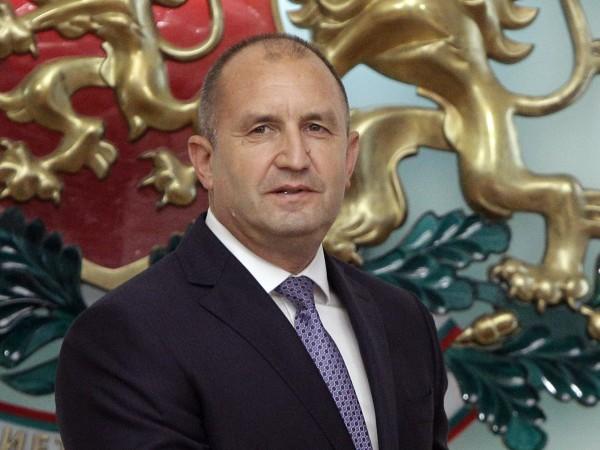 Президентът Румен Радев е на преход в Пирин днес.Заедно с