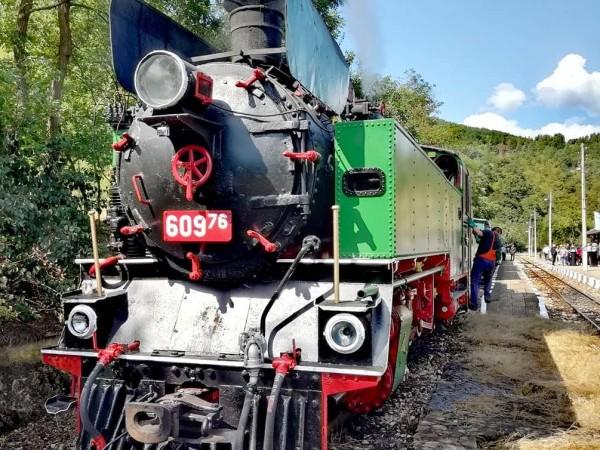 Пътуване с парен локомотив между Септември и Велинград организира БДЖ