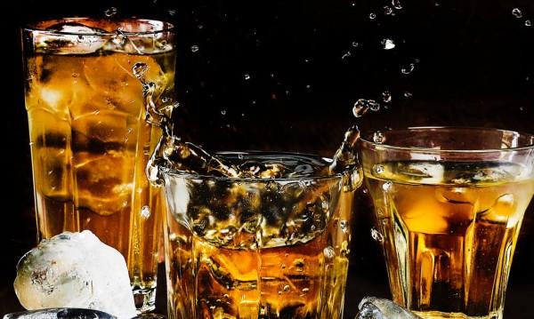 Покрай Brexit и търговските войни в САЩ: Ще скочи ли цената на алкохола?