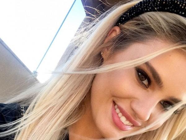 Кристин Илиева навърши 22 години на 22 август. Манекенката трогна