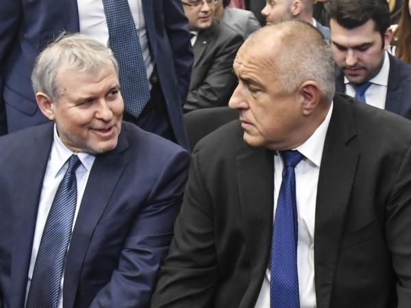 Лидерът на СДС Румен Христов се надява с ГЕРБ да