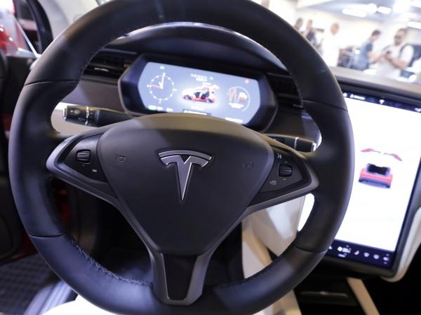 Ако си купите Tesla, вие всъщност не помагате на планетата,