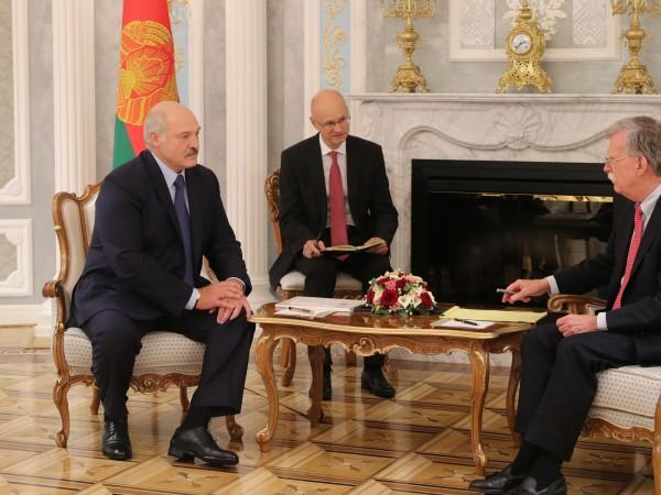 Готова ли е Беларус да падне в обятията на Запада,