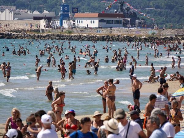 Над 10% е ръстът на българските туристи по Черноморието ни