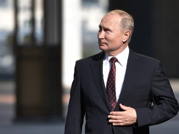 Снимка: Путин: Важно е как работят избраните, не броя на кандидатите