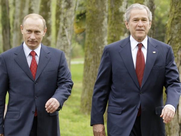 Президентът на Русия Владимир Путин се е обадил по телефона