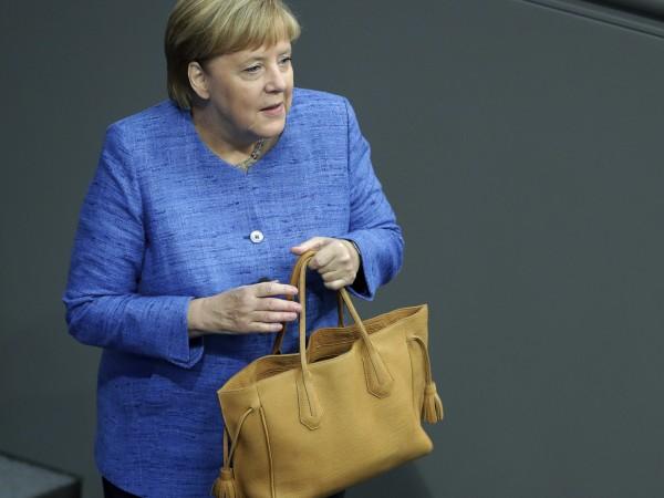 Ангела Меркел каза, че е крайно време Европейският съюз да