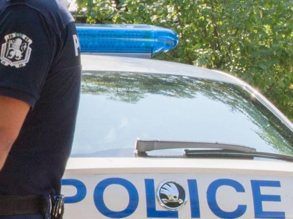 Задържаха петима мъже за пиянско сбиване в пловдивско заведение, съобщиха