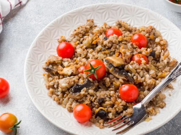 Елдата, позната още като гречка, е една от най-полезните зърнени