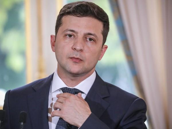 Украинският президент Володимир Зеленски призова Запада да не вдига санкциите,