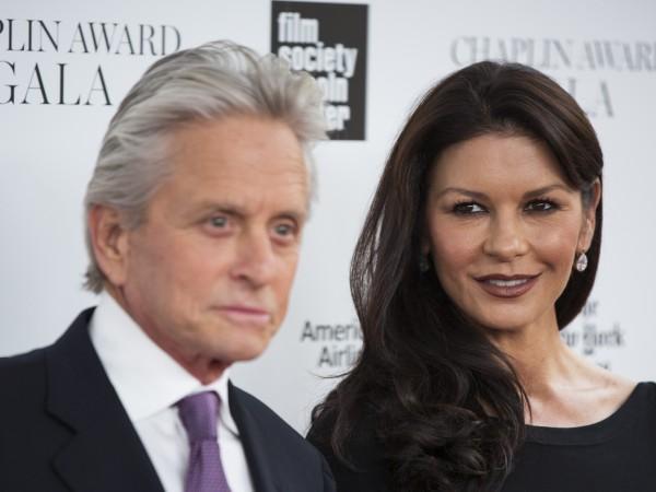 Катрин Зита-Джоунс и Майкъл Дъглас продадоха огромното си имение в