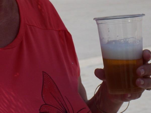 Българската агенция по безопасност на храните проверява фирма, дарила бира