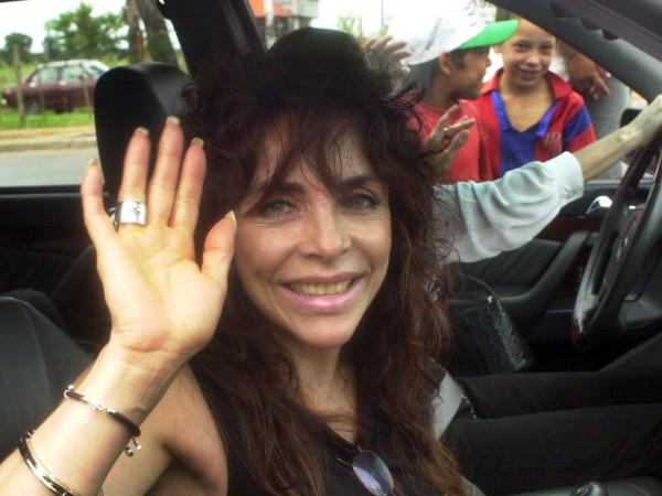 """Вероника Кастро - звездата на сериала """"Богатите също плачат"""", слага"""