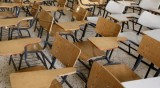 Години се пестяло от заплатите на учителите, системата страдала