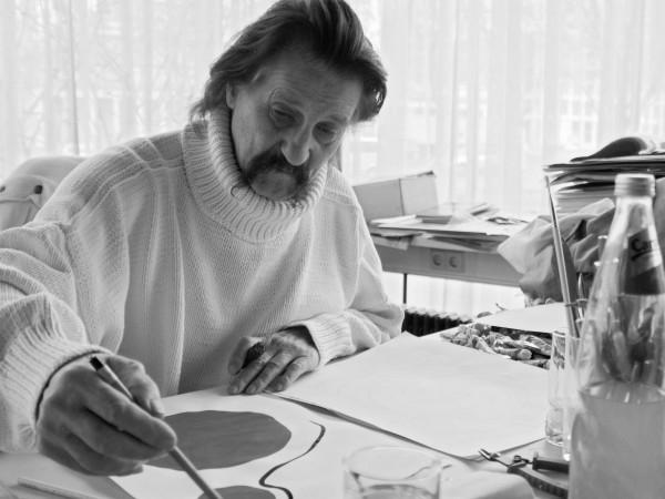 На 91-годишна възраст, след дълго боледуване, почина немският архитект и