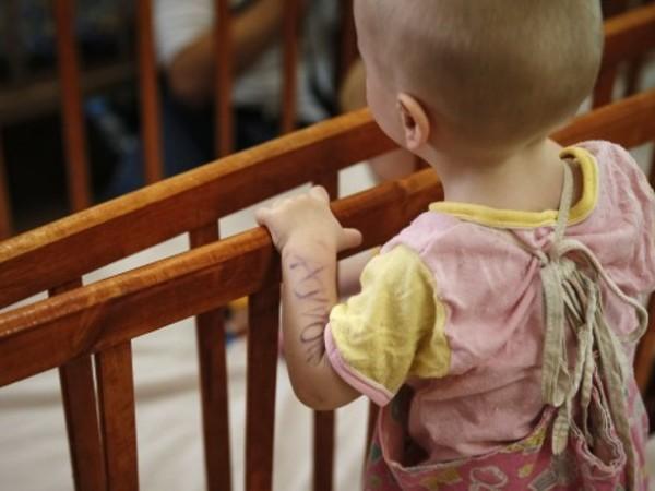 Средно по 253 деца на месец се изоставят у нас,