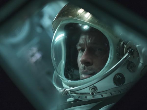 Брад Пит се свърза с Международната космическа станция (МКС), за