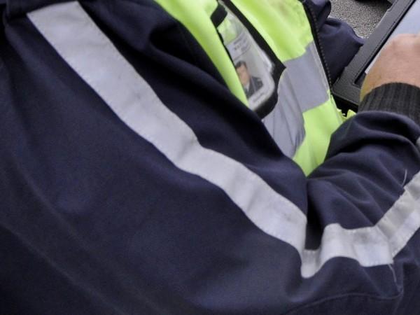 """18-годишен младеж открадна кола в смолянския квартал """"Устово"""" и след"""