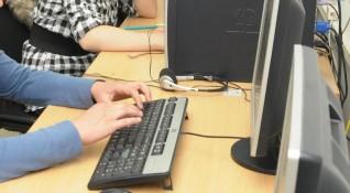 МОН ще прави технически училища в повечето областни градове