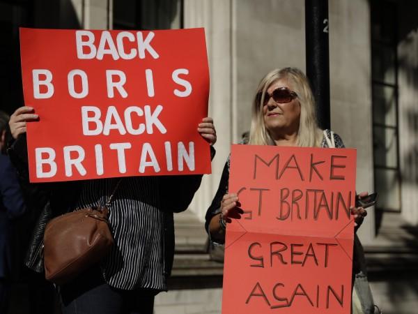 Стивън Баркли, британският министър за Brexit заяви, че правителството ще