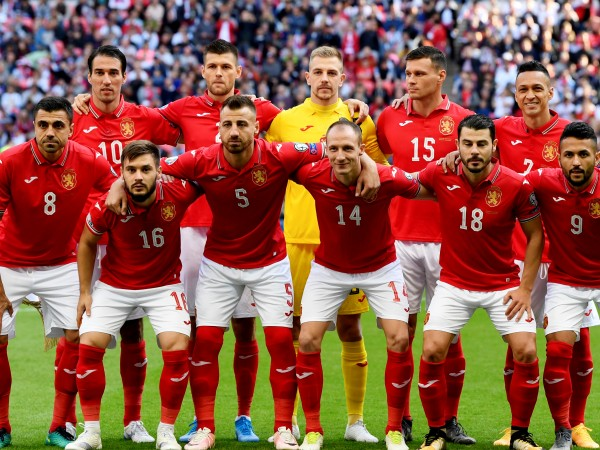 Националният отбор на България по футбол падна с две места