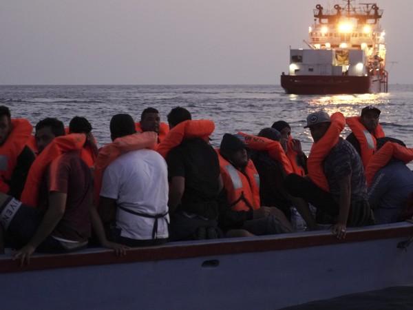 Европейската комисия призова днес Либия да не използва бойно оръжие